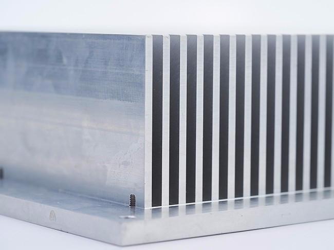 铝挤型材散热器1