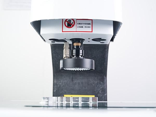 鸿沣机械浅析CNC零件加工中一定要牢记的操作知识