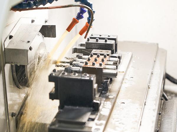 CNC机械零件加工中,零件为什么会变形呢?